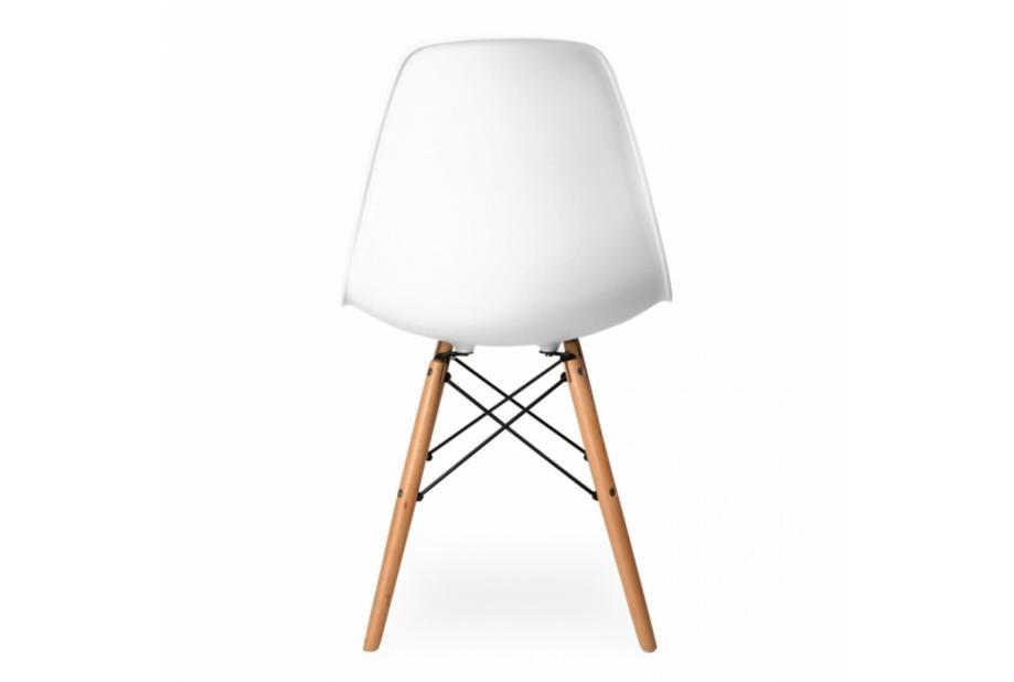 Sillas de comedor modernas beautiful conjunto mesa for Conjunto mesa y sillas comedor baratas